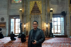 Interior Blue Mosque (Mesjid Biru)